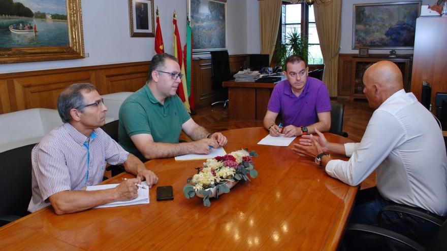 La Diputación  se ofrece para facilitar un patrocinador al BM Zamora