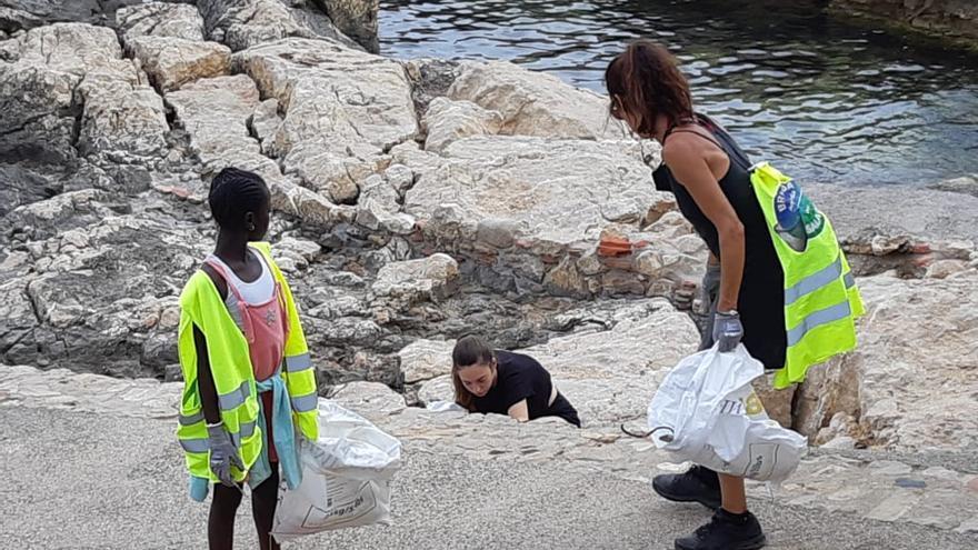 Nova jornada de neteja de la Brigada del Salabret a l'Escala