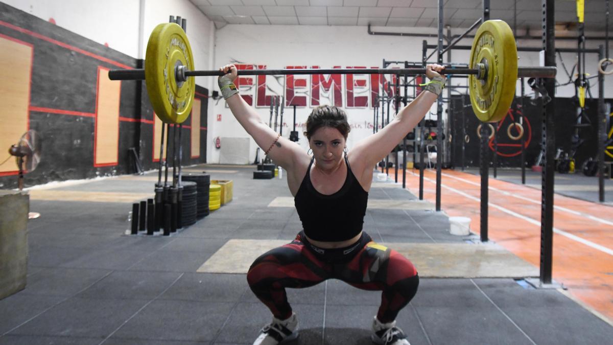 Clara Sánchez, entrenando en Box 5th Element de Puente Tocinos.