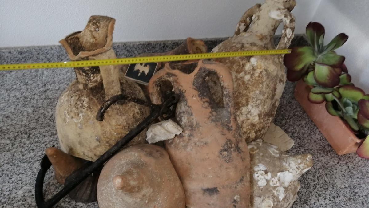 Arqueólogos de la UA piden ayuda a la Guardia Civil para hallar un pecio romano en Santa Pola