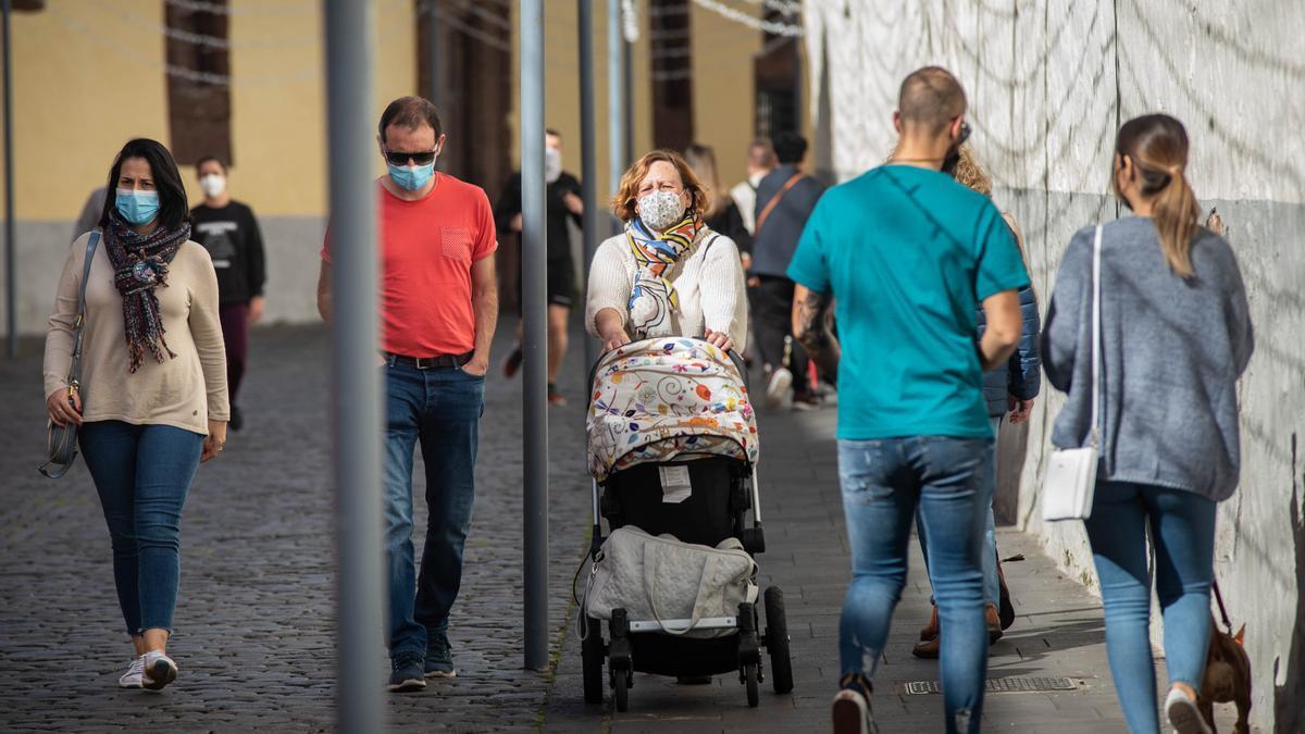 Canarias lamenta siete fallecidos y 253 casos en 24 horas
