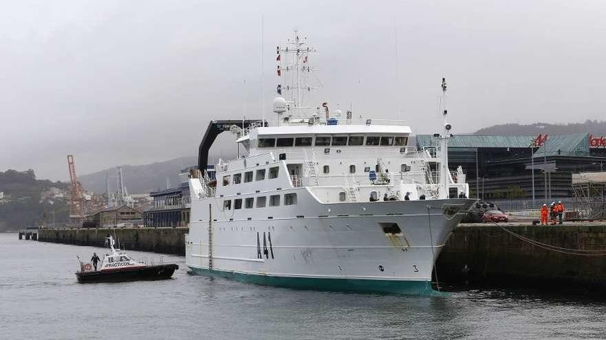 """Prácticos aclara que acudió al """"Intermares"""" cuando lo pidió el buque de la Armada"""