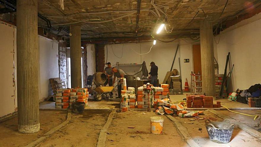 La sala de plens de l'Ajuntament de l'Escala es traslladarà a la planta baixa de l'ajuntament escalenc