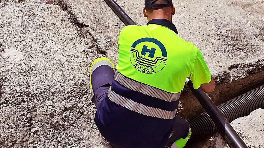 El Port d'Alcúdia renueva su red  de abastecimiento de agua potable