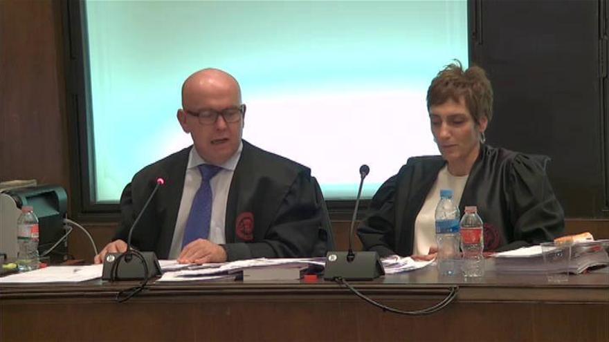 """Torra admite su desobediencia a la Junta Electoral pero se ve víctima de un """"juicio político"""""""