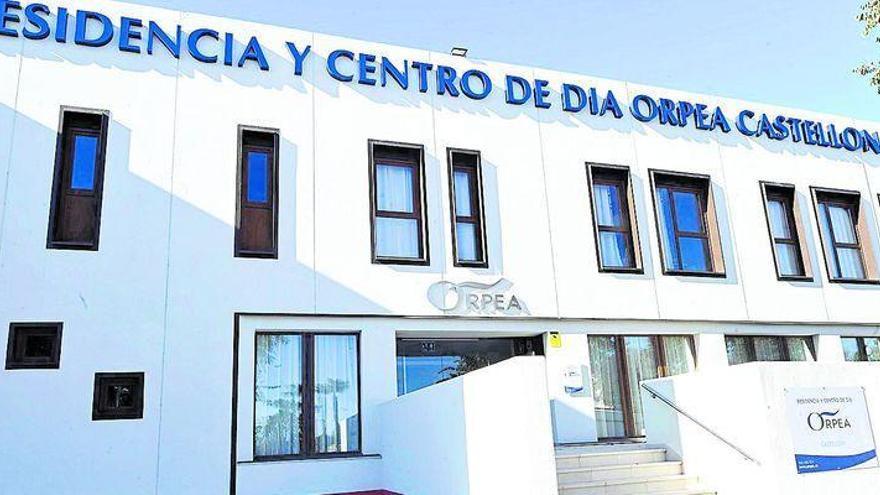 El sector privado amplía la planta geriátrica ante la inacción de Oltra