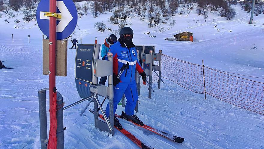 El sector del esquí pide relajar los cierres perimetrales para ir a las estaciones