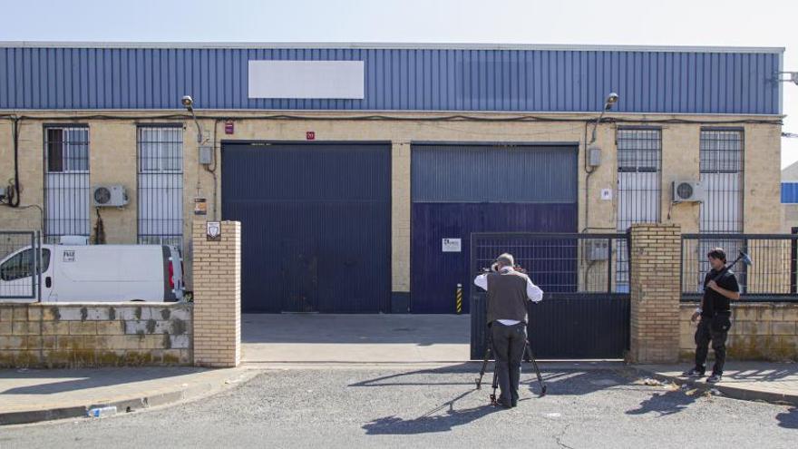 Fiscalia precinta la fàbrica de l'empresa Magrudis pel brot de listeriosi