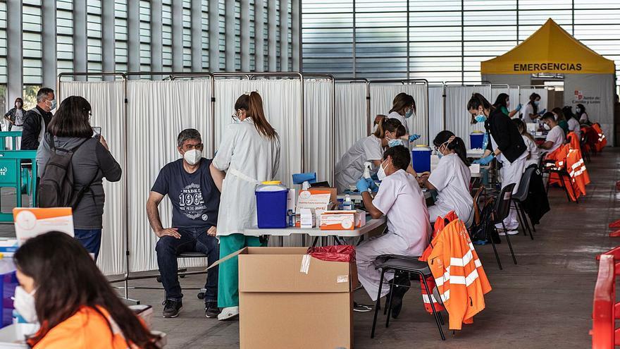 El vacunódromo de Ifeza inmuniza en su primera jornada a 2.292 zamoranos