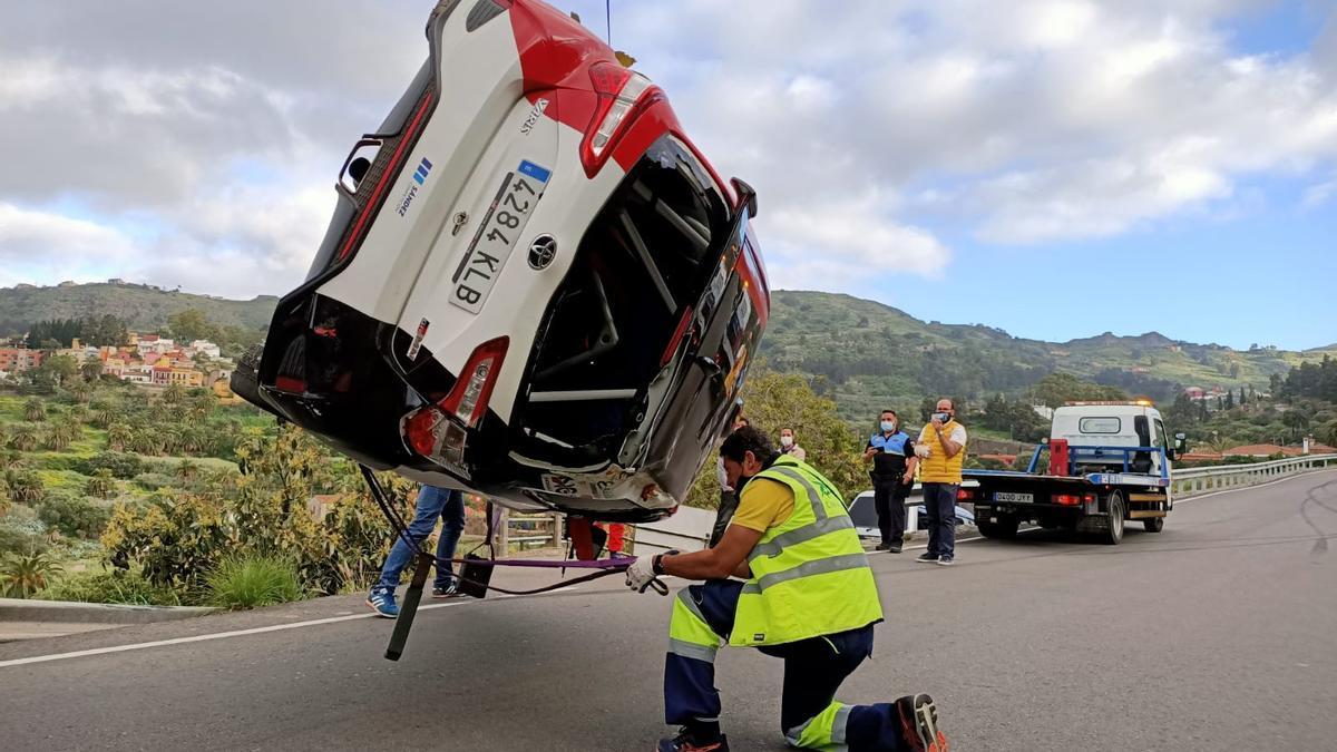 Accidentado inicio del Rally de Santa Brígida