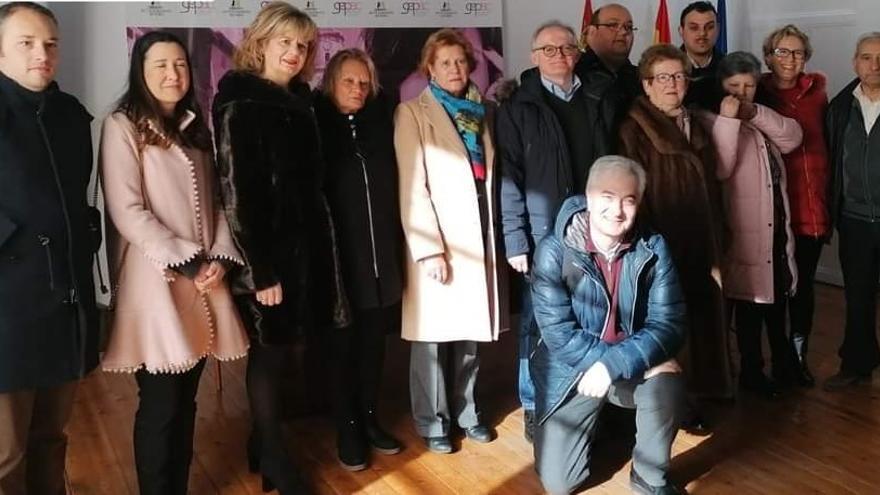 Unidos Contra el Cáncer de Toro entrega 41.000 euros para la investigación de la enfermedad