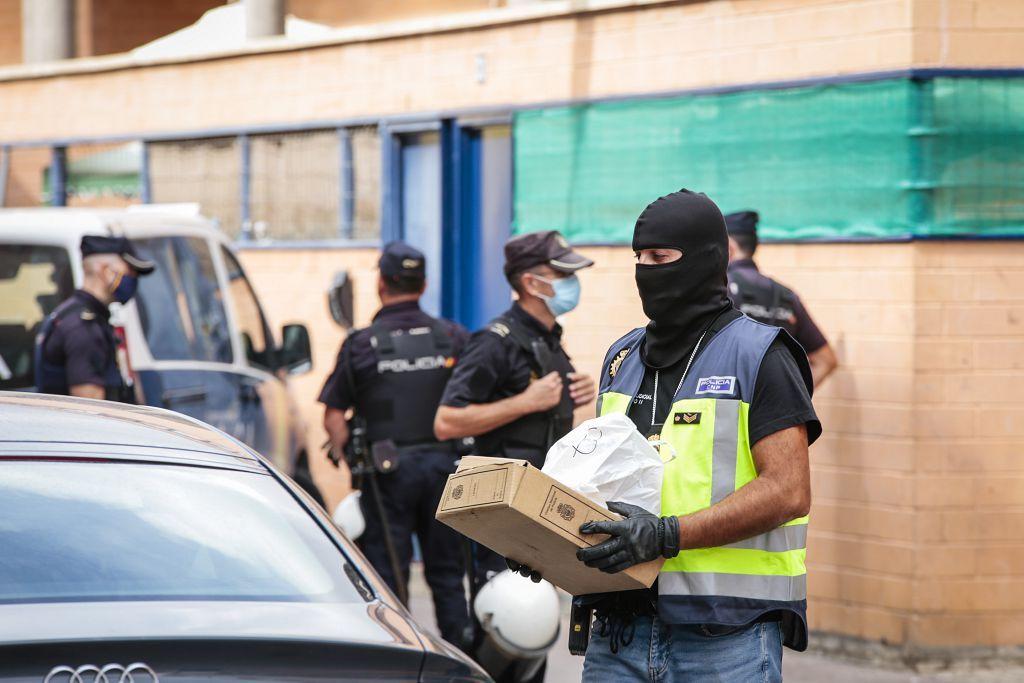Intervención policial. Menudeo, gallos y tortugas en Ministriles, Lorca-3595.jpg