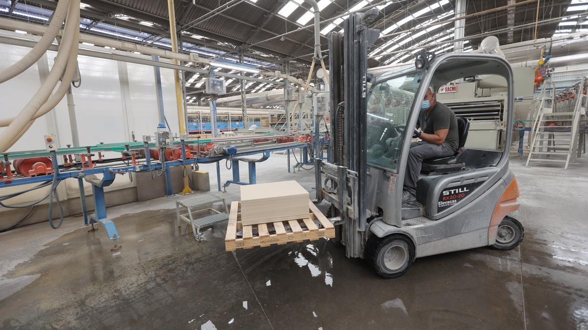 Las compañías dedicadas a la fabricación de productos cerámicos deben hacer frente a un incremento de los costes que merma el nivel de competitividad.