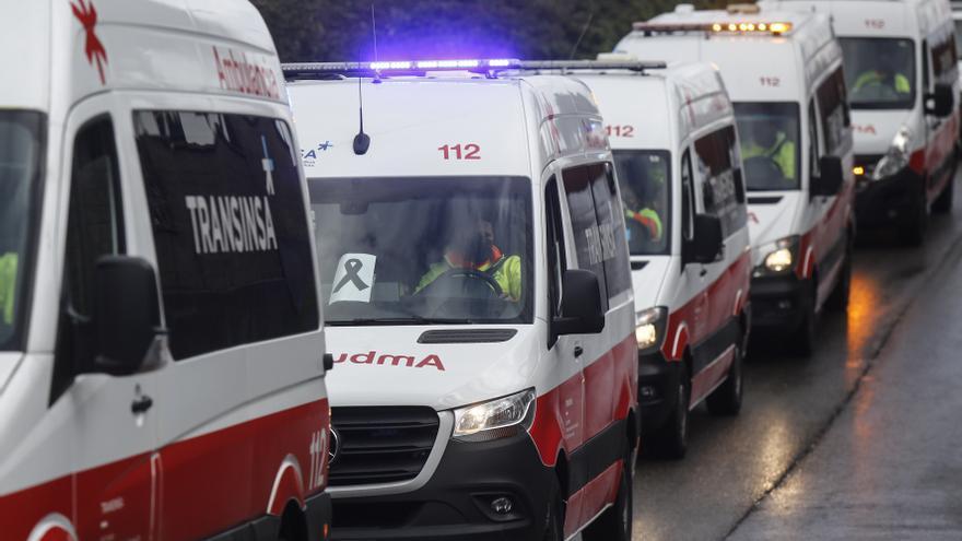 Homenaje de sus compañeros al técnico de ambulancia fallecido en Gijón