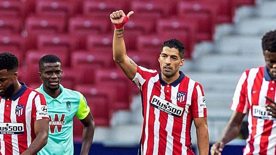 Alarma en el Atlético de Madrid por la lesión de Luis Suárez