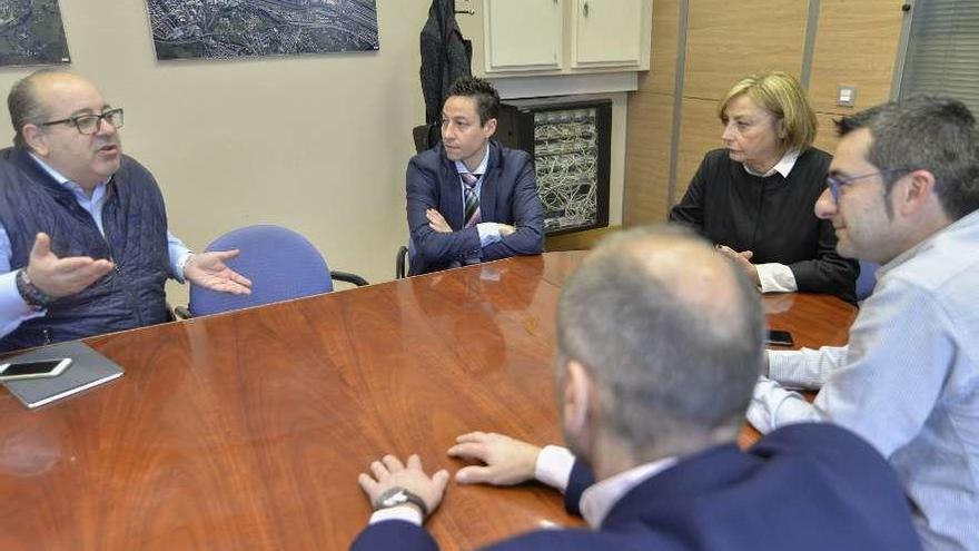 El PSOE plantea atraer más congresos con la concesión de ayudas a la organización