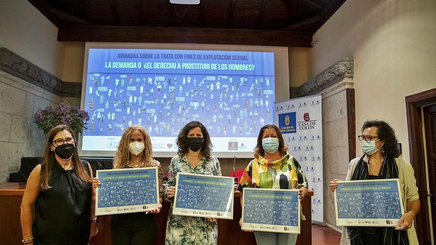 Esther Torrado: «El estigma tiene que poner el foco en los puteros»