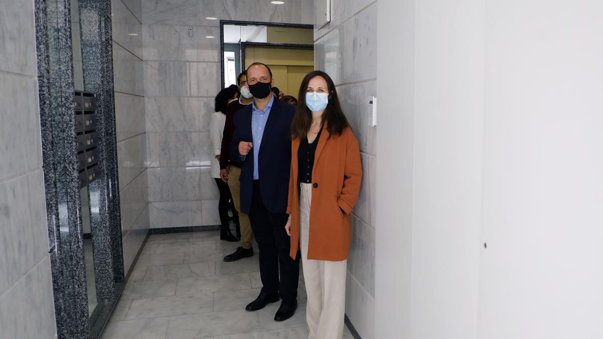 La ministra Ione Belarra, junto al vicepresidene del Consell, Rubén Martínez Dalmau, en una visita reciente a València.