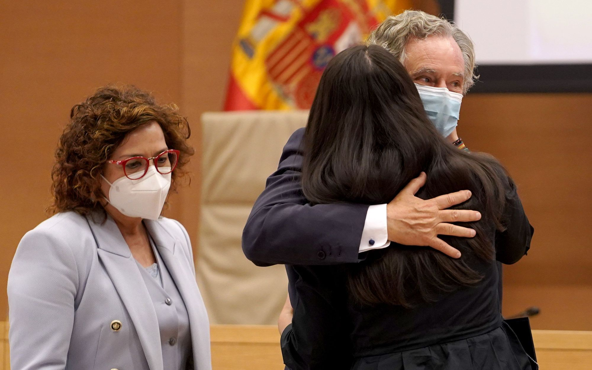 María Dolores de Cospedal e Ignacio López del Hierro, imputados por el espionaje a Bárcenas