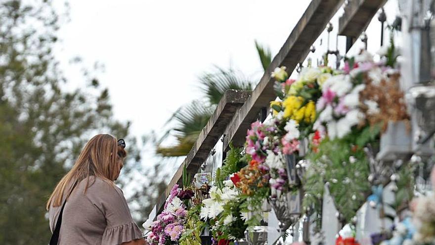 La entrada y salida a los cementerios será por distintas puertas por el covid-19