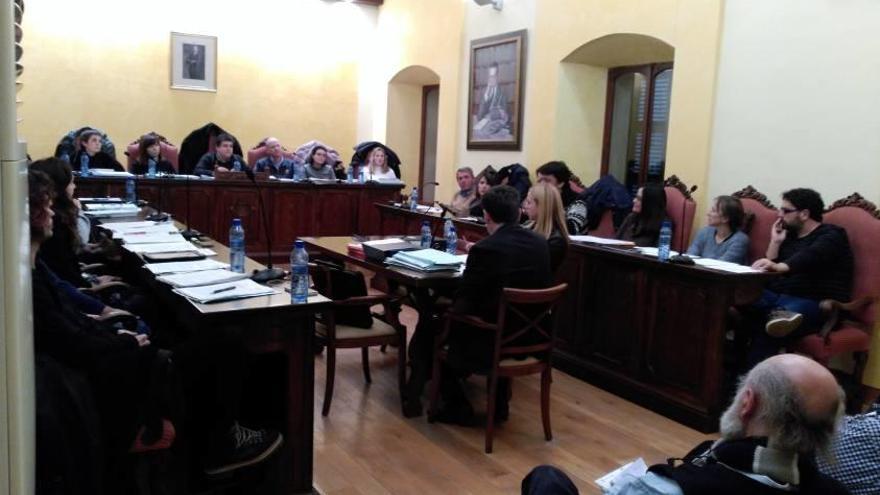 Manacor aprueba por los pelos noventa facturas sin contrato del año pasado
