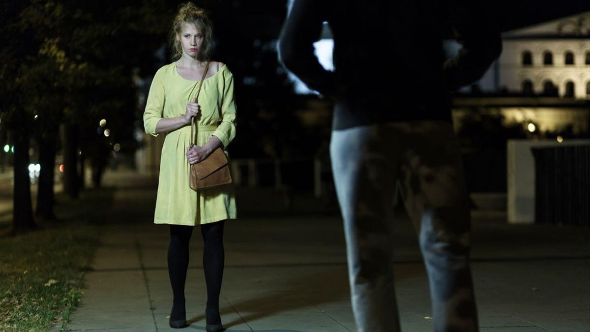 El 83% de las europeas jóvenes limita sus movimientos por miedo a los asaltos