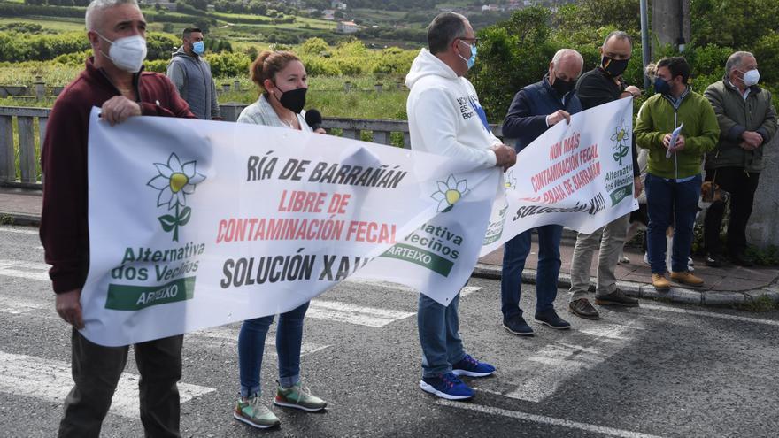 Alternativa dos Veciños organiza una protesta contra los vertidos en la Ría de Barrañán