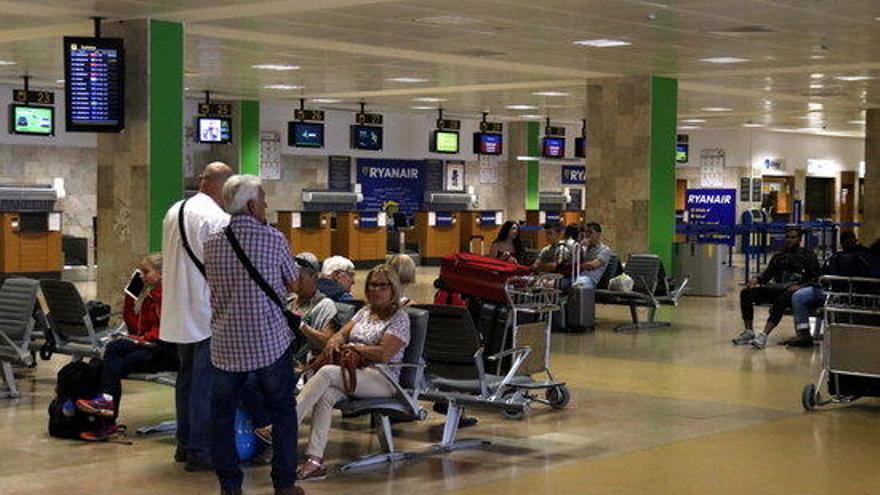 L'aeroport de Girona registra un 10,3% més de passatgers durant el setembre i frega els 1,8 milions en tot el 2018