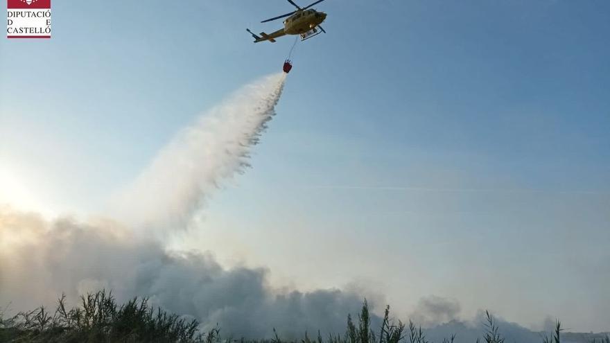 Controlado el incendio de marjal de Almenara