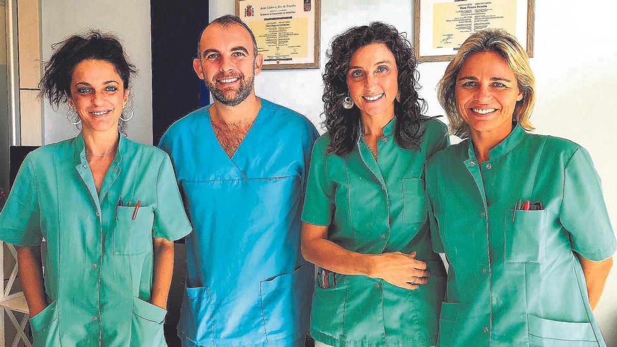 L'equip professional de Clínica Dental Pifarré a l'Escala