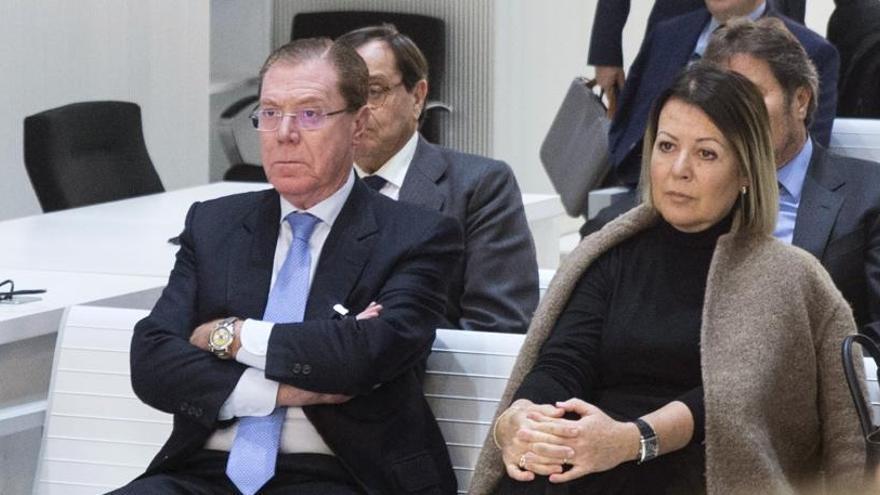 Parra admite que actuó de forma ilegal al dar créditos del BdV a Bautista Soler