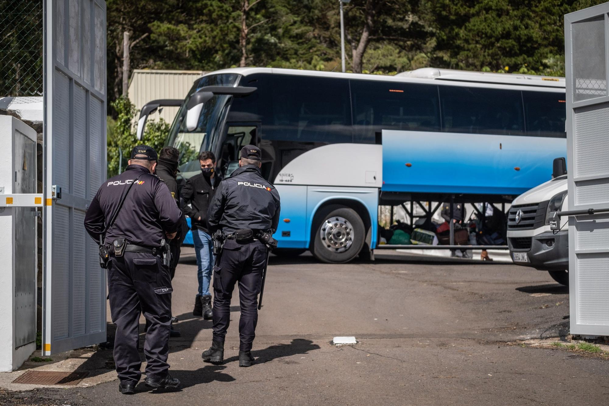 Llegada de migrantes a Las Canteras