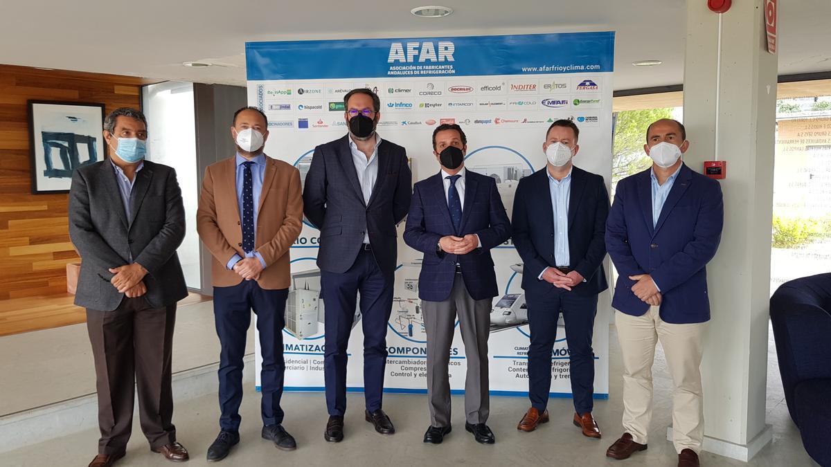 Adolfo Molina y Ramón Herrera con empresarios de AFAR.
