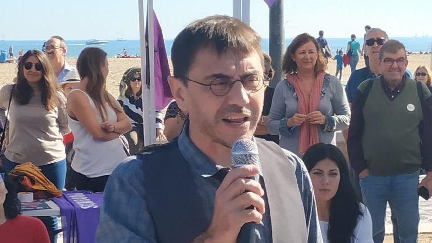"""Monedero, increpado en un bar de Cádiz con gritos de """"maricón de mierda"""" y """"sinvergüenza"""""""