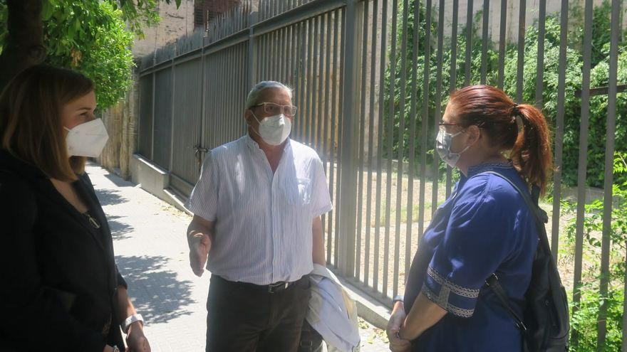 El PSOE exige soluciones para los vecinos afectados por las filtraciones en la muralla de la calle San Fernando