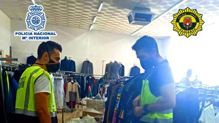 Desmantelan en Crevillent una nave que distribuía productos falsos a vendedores de mercadillos de Alicante y Murcia