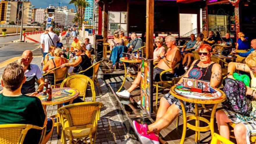 El 53 % de casos en Benidorm se registran entre turistas extranjeros