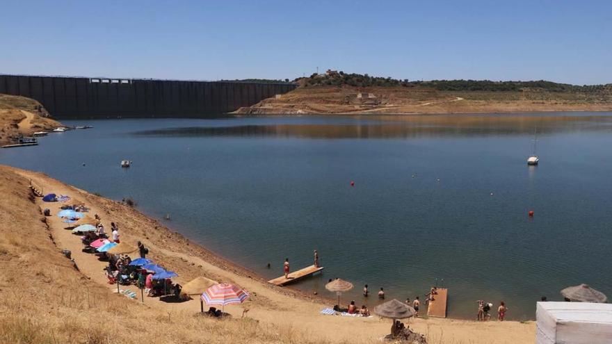 Las playas de Córdoba se preparan para abrir sus puertas a comienzos de junio