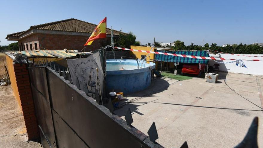 Investigan el hallazgo de un hombre ahogado en un chalet de El Higuerón