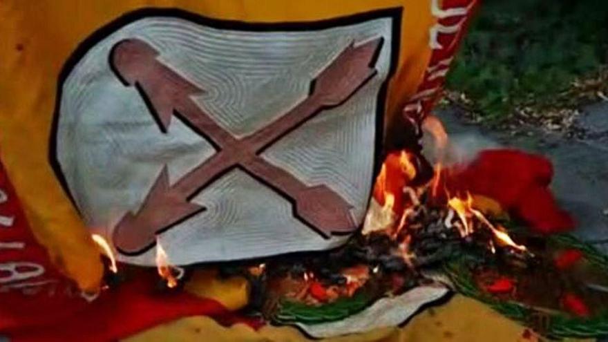 Vox denuncia un atac a símbols dels Requetès a Montserrat