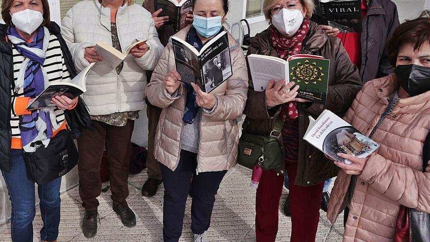 Abren tras un año las bibliotecas de Ciudad Naranco y de Vallobín