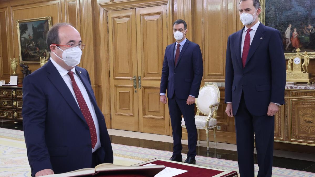 Miquel Iceta prometiendo como ministro de Política Territorial.