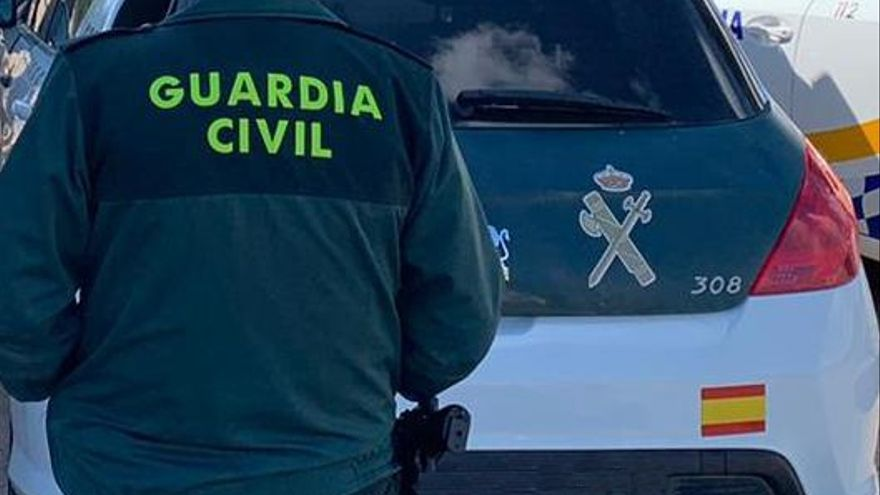 Tres heridos en un accidente de tráfico en Columbrianos (Ponferrada)