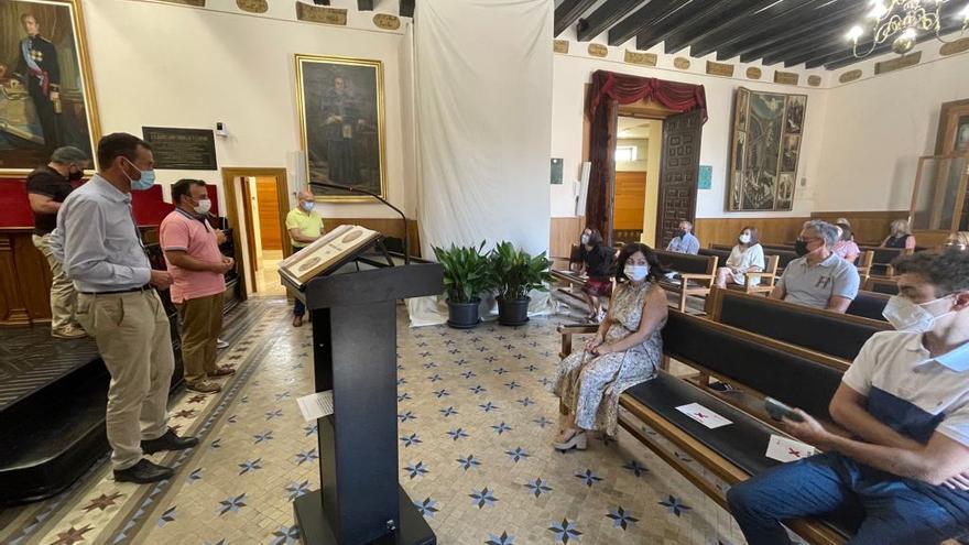 200 interinos del Ayuntamiento de Elche con más de 10 años de antigüedad accederán a la plaza sin opositar