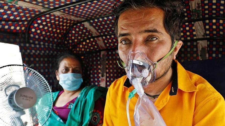 L'Estat espanyol enviarà set tones de material mèdic a l'Índia