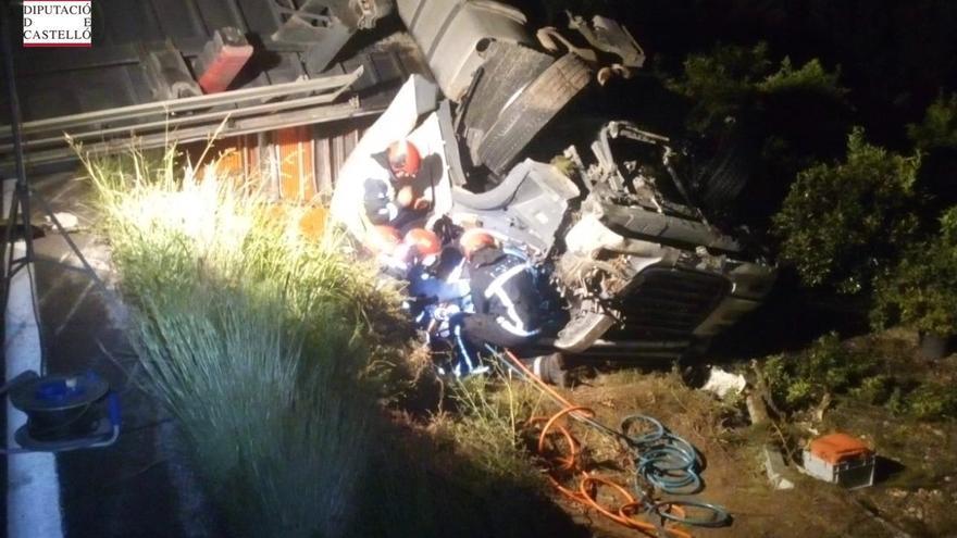 Muere un camionero en un accidente en Vinaròs