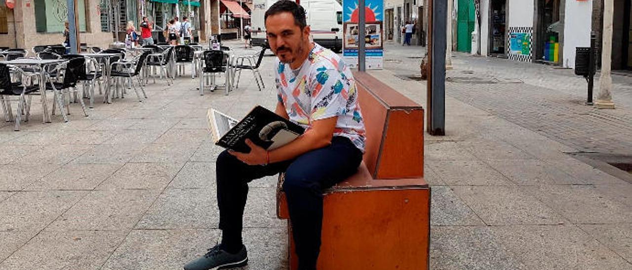 Rafael Díaz, el pasado jueves, en La Plazuela, en Arrecife.