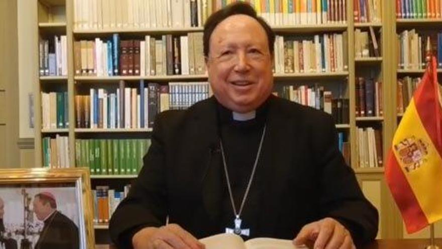 El arzobispo castrense, sedado e intubado por coronavirus