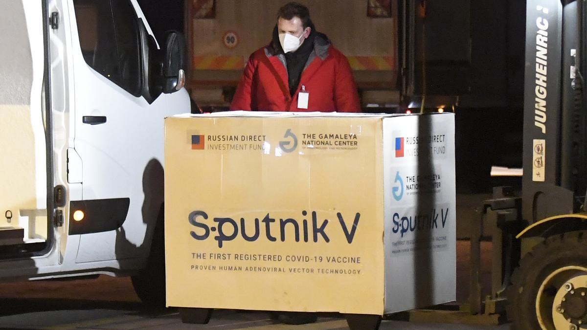 Transporte de la vacuna Sputnik V.