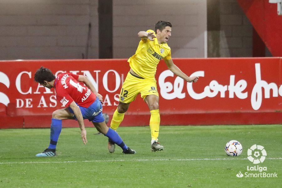 Partido de la Liga Smartbank entre el Sporting y el Málaga CF